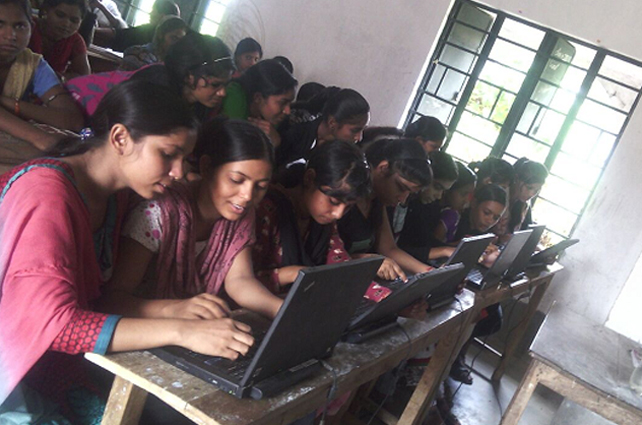 India plan(s) to impart IT training to 6 crore persons